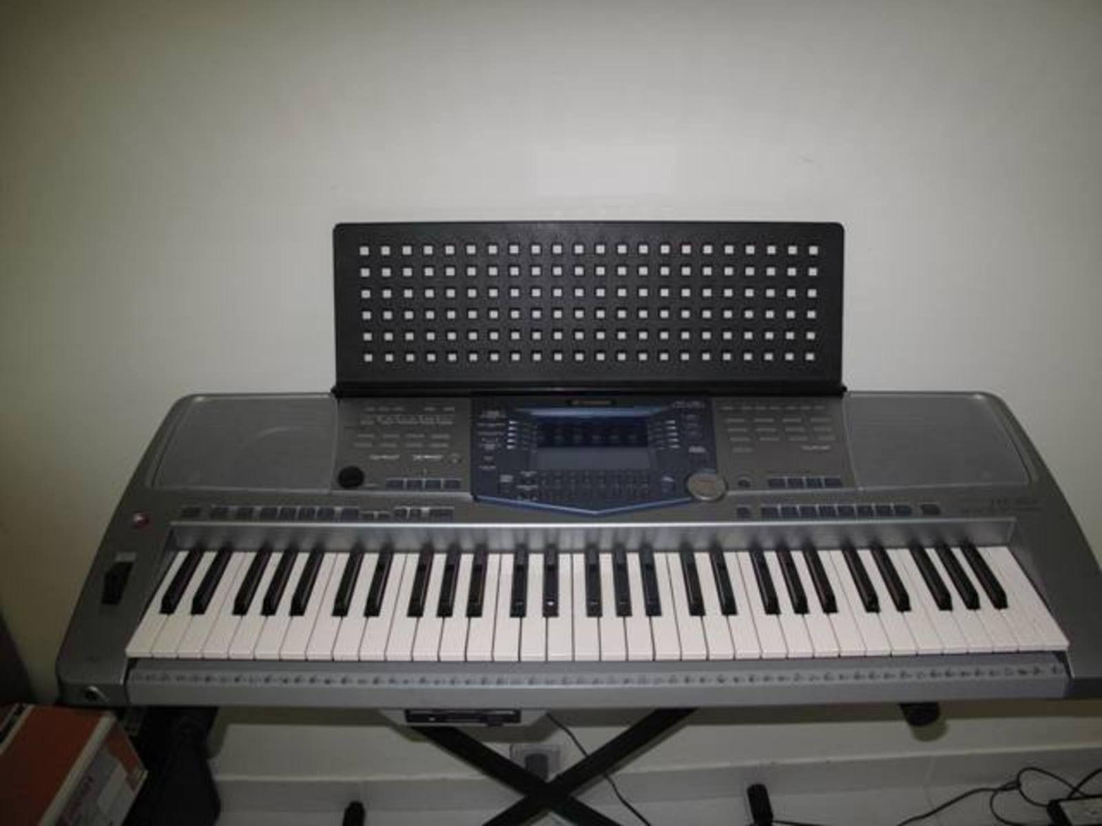 Yamaha psr 1100 image 23835 audiofanzine for Yamaha psr 410 keyboard