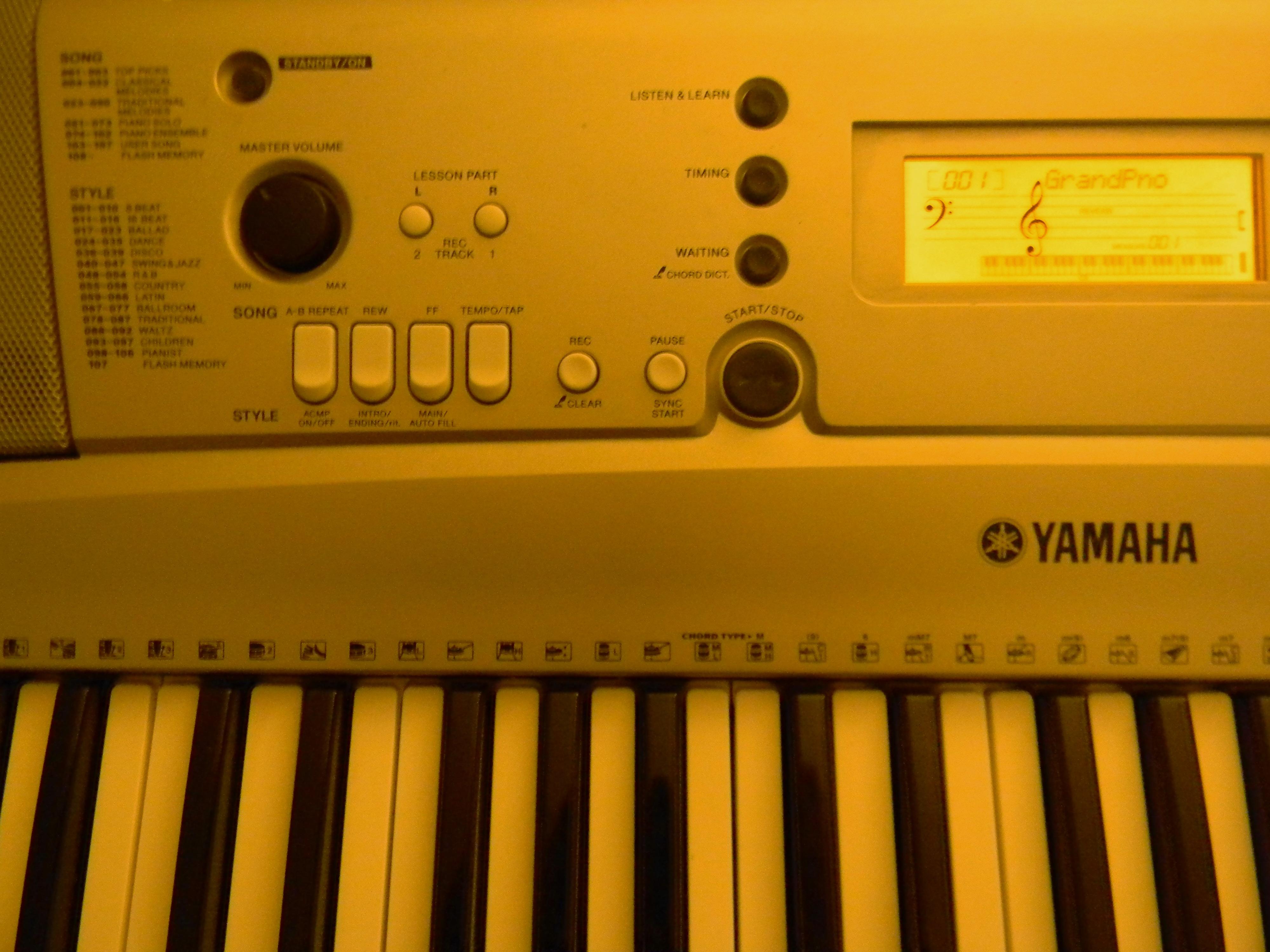 yamaha psr e303 manual sample user manual u2022 rh huelladakarbolivia com Bajo Yamaha Teclado Yamaha PSR S650