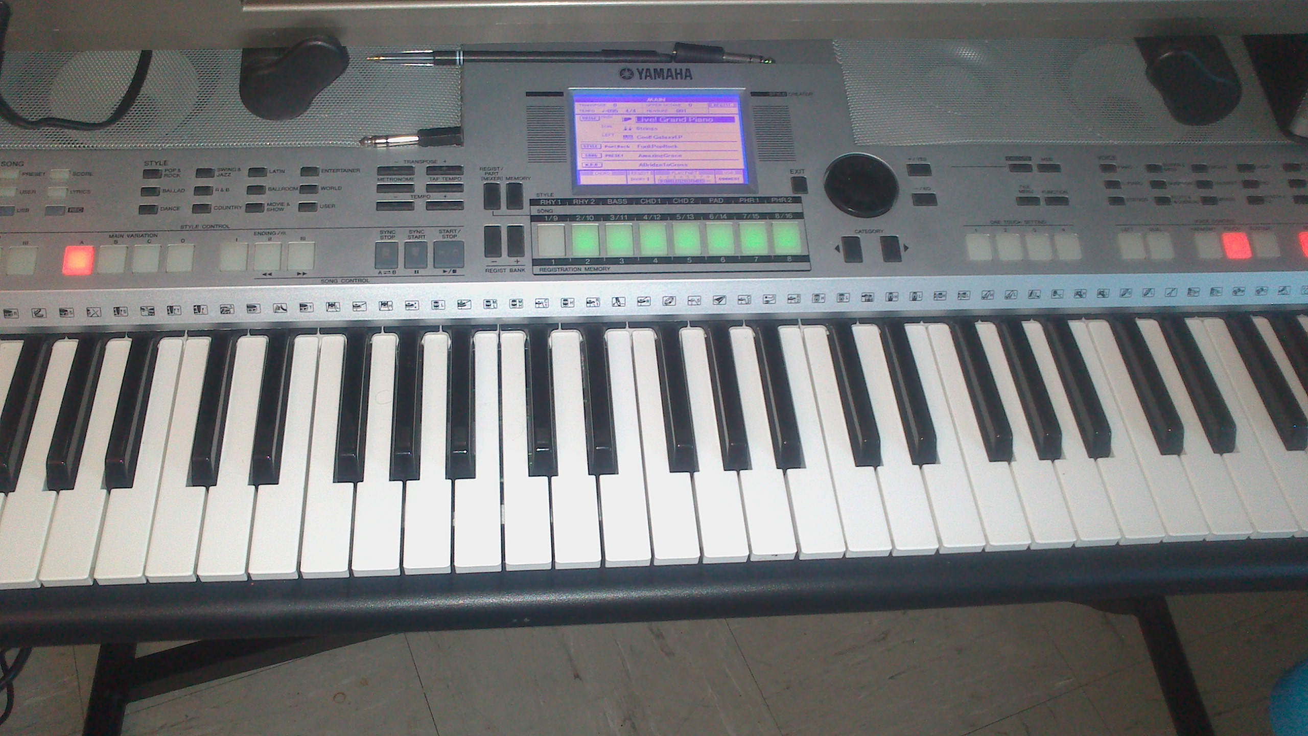 Yamaha psr s550 image 653874 audiofanzine for Yamaha psr s