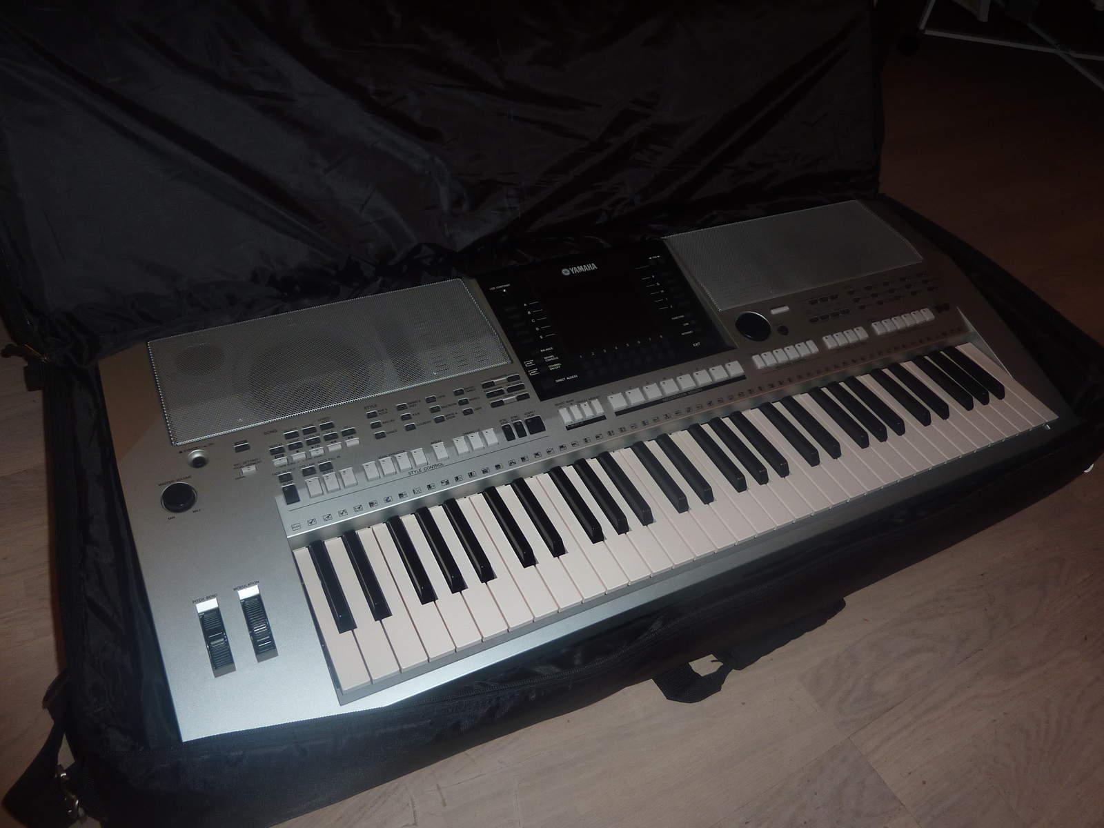 Yamaha psr s900 image 163953 audiofanzine for Psr s900 yamaha