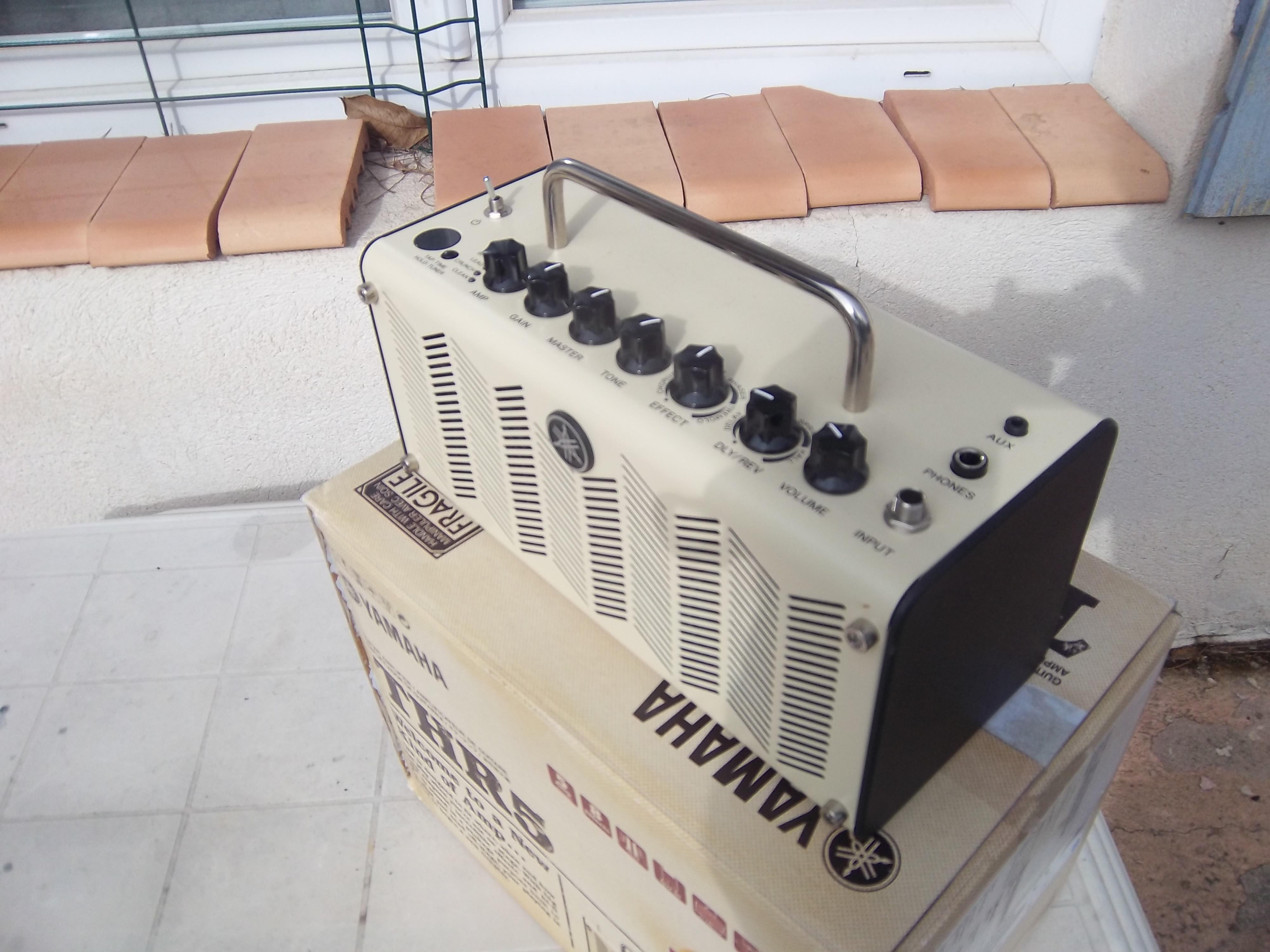 Yamaha thr5 v2 provence alpes c te d 39 azur audiofanzine for Yamaha thr5a v2