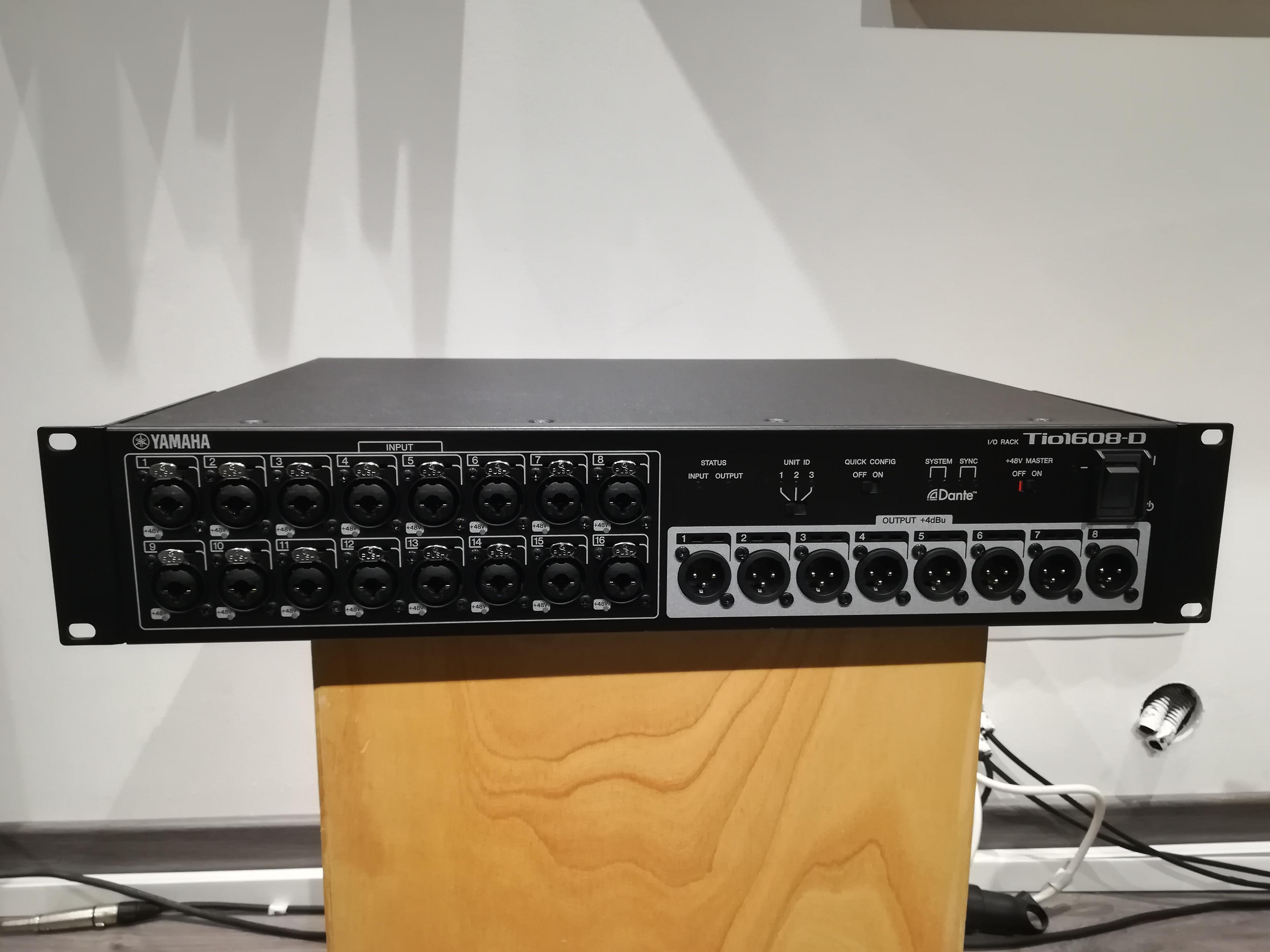 Vend stagebox num rique yamaha tio1608 d cable cat5e 50m for Yamaha m7cl dante