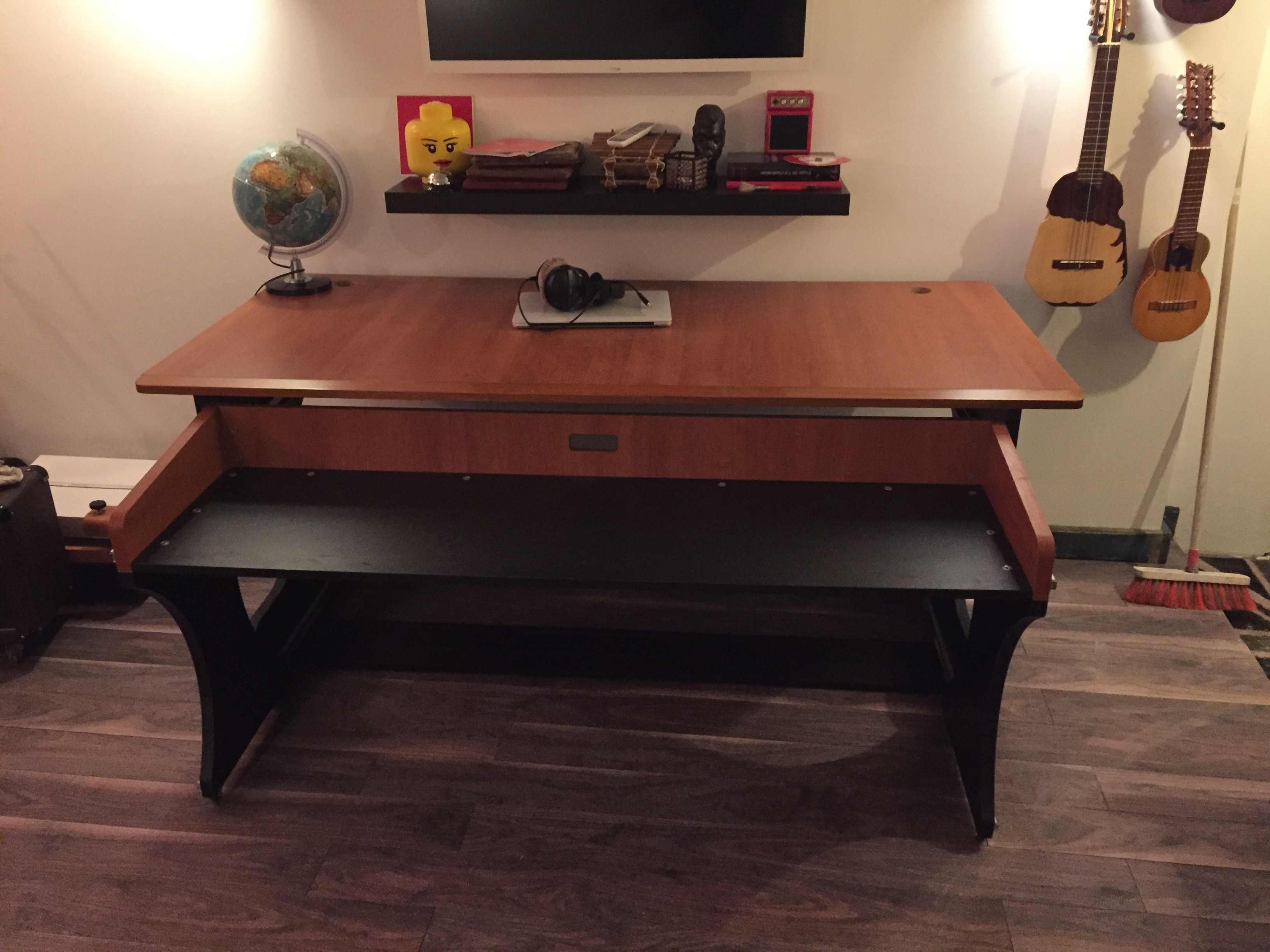 miza z zaor miza z audiofanzine On bureau zaor