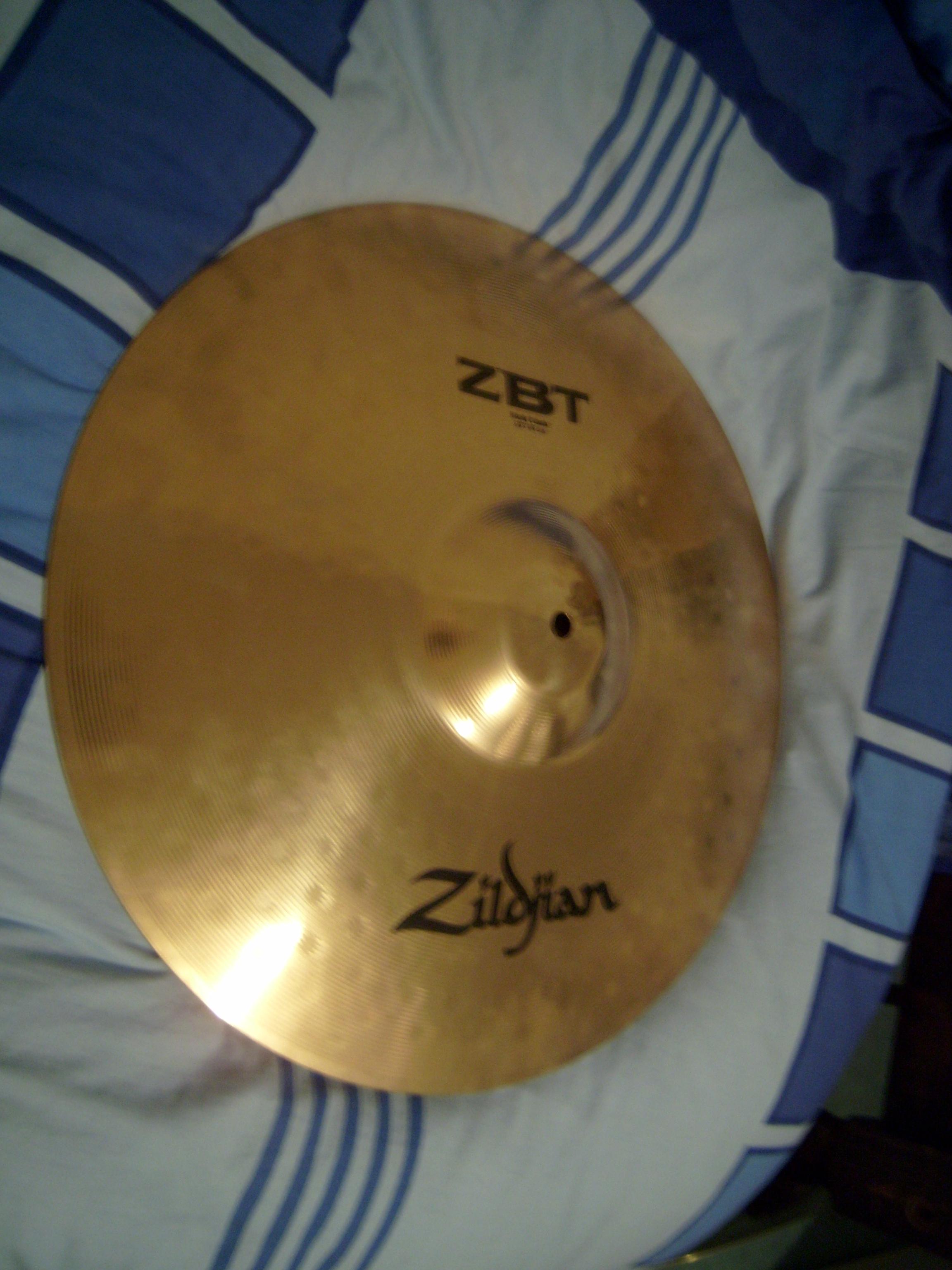637256e2fc55 Zildjian ZBT Crash Ride 18   - Audiofanzine