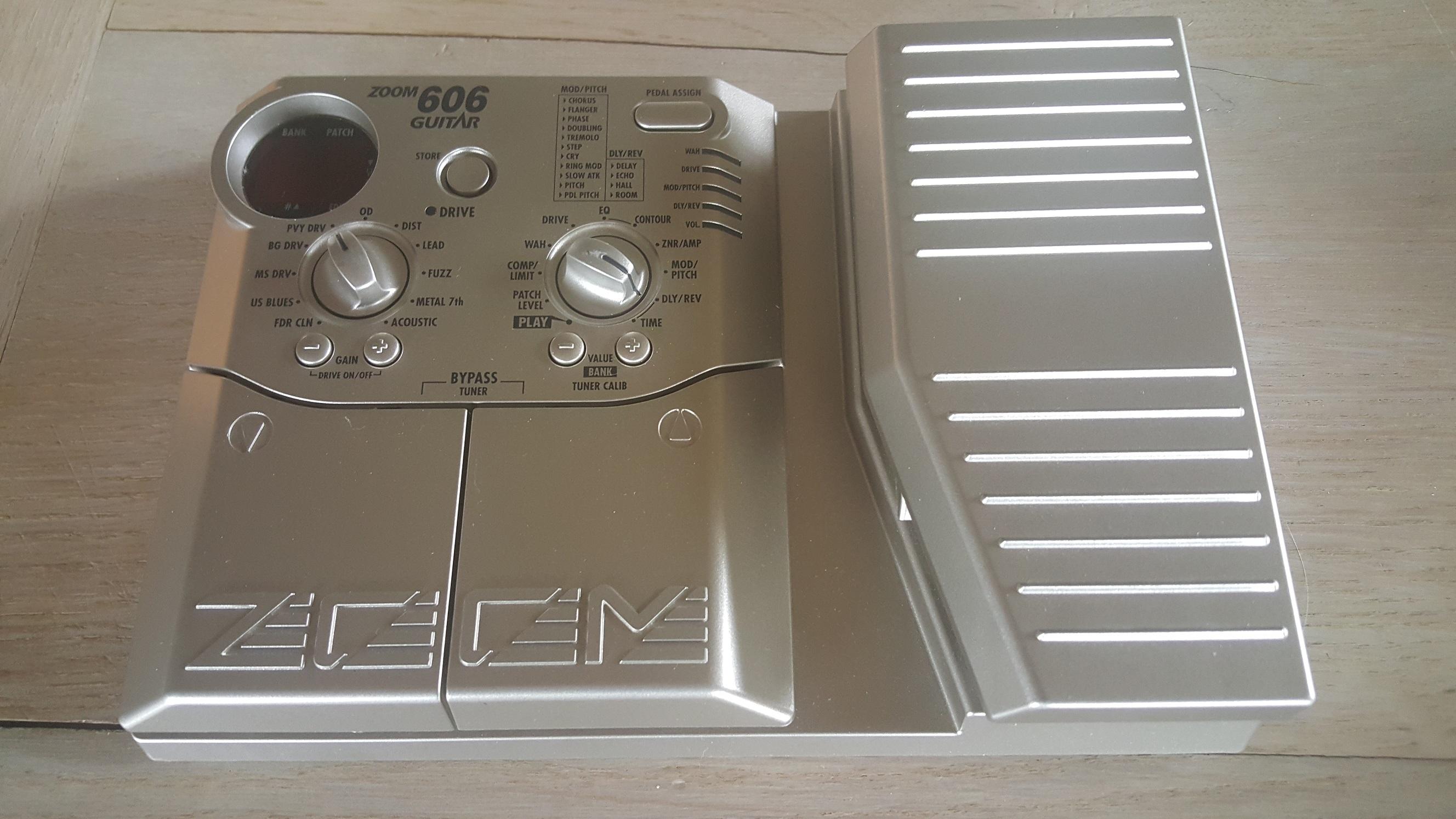 zoom 606 guitar audiofanzine. Black Bedroom Furniture Sets. Home Design Ideas