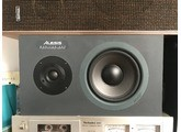 Alesis Monitor One