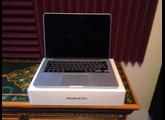 Apple MacBook 2.4 GHz Intel Core 2 Duo