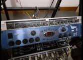 Behringer Composer MDX2000