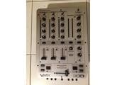 Behringer VMX300