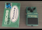 Boss TR-2 Tremolo - Modded by Keeley