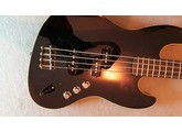 Fender Deluxe Aerodyne Jazz Bass