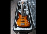 Fender Deluxe Jazz Bass 24