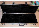 Fender Multi-Fit Standard Molded Case Jazz/Precision Bass