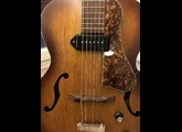 Godin 5th Avenue Kingpin
