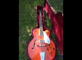 Gretsch G6119B Broadkaster Bass - Walnut Satin