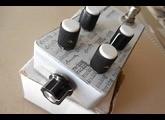 Mid-Fi Electronics Clari(not) V2 Fuzz