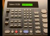 Roland R-70 (89041)