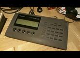 Roland R-880 (82897)