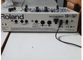 Roland SH-32