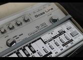 Roland TB-303