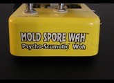 Snarling Dogs Mold Spore Wah