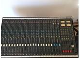 Soundcraft 200-B 24/4/2