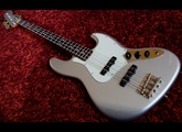 Squier Classic Vibe Jazz Bass '60s