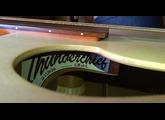 Tacoma Guitars thunderchief CB10 Fretless
