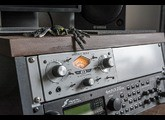 Universal Audio 710 Twin-Finity (12420)