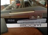 Zoom R24