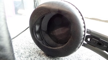 Casque studio AKG K812 : écouteur