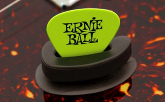 Ernie Ball Pick Buddy : Ernie Ball Pick Buddy (Article)