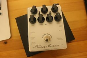 Darkglass Electronics Vintage Deluxe v2 : Images test Vintage Deluxe V2 4.JPG