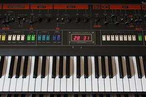 Roland Jupiter-8 : JP 8002.JPG