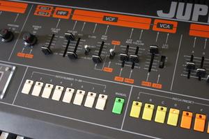 Roland Jupiter-8 : JP 8005.JPG