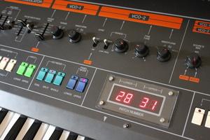 Roland Jupiter-8 : JP 8006.JPG