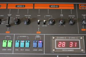 Roland Jupiter-8 : JP 8010.JPG