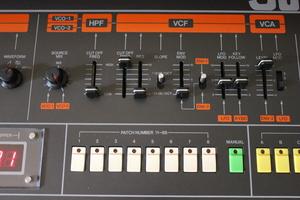 Roland Jupiter-8 : JP 8011.JPG