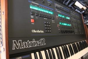 Oberheim Matrix 12 : 021.JPG