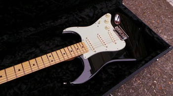 Fender The Edge Strat : Photos The Edge Strat 5