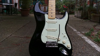 Fender The Edge Strat : Photos The Edge Strat 7