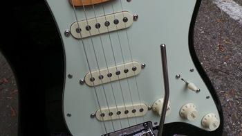 Fender The Edge Strat : Photos The Edge Strat 11