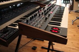 Dave Smith Instruments OB-6 : OB 6 07.JPG