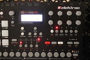 Elektron Analog Rytm : Analog Rytm V130 2tof 006.JPG