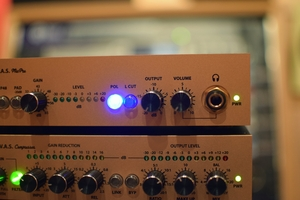 Fredenstein Professional Audio V.A.S. MicPre : 3 VAS Mic Pre Headphones