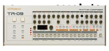 Roland TR-09 : TR 09 Front