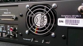 Apogee Symphony I/O Mk II Thunderbolt 8x8+8MP Mk II : Symphony IO Mk II 8×8+8MP 2