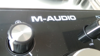 M-Audio M-Track 2x2 : M Audio M Track 2X2 2.JPG