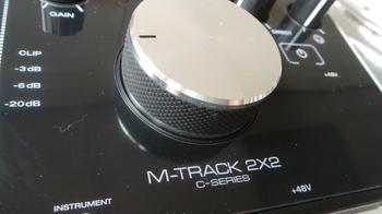 M-Audio M-Track 2x2 : M Audio M Track 2X2 3.JPG