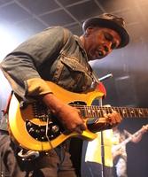 Guitares : IMG 6103.JPG